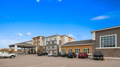 Best Western Plus Lacombe Inn and Suites Photo