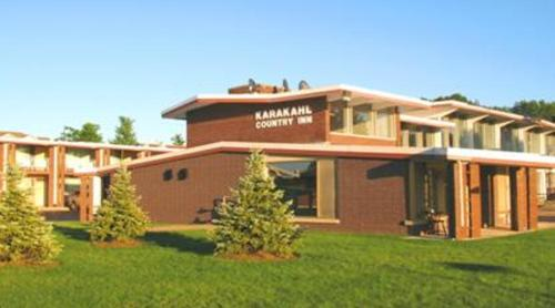 Karakahl Country Inn Photo