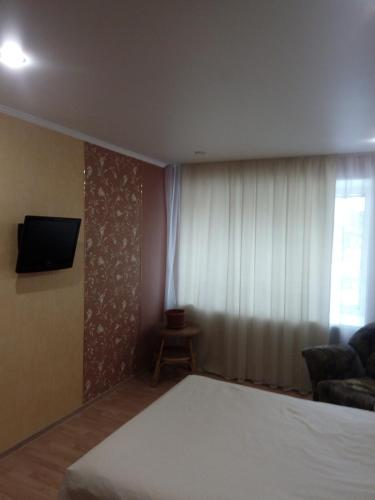 Apartment on Karla Marksa 43a, Omsk