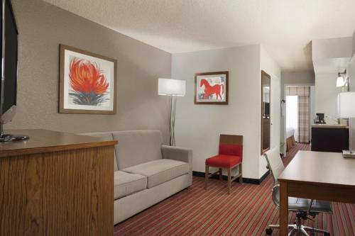 Country Inn & Suites By Carlson - DFW Airport South Irving Photo