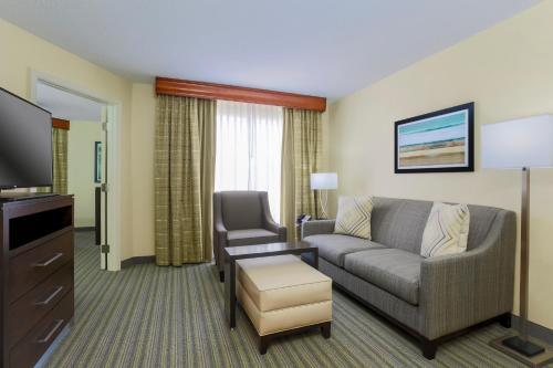 Homewood Suites by Hilton St. Petersburg Clearwater Photo