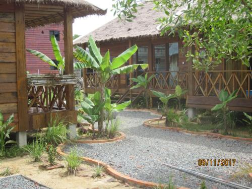The barbershop guesthouse, Sihanoukville
