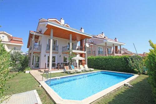 Fethiye Oasis Lettings A9 adres