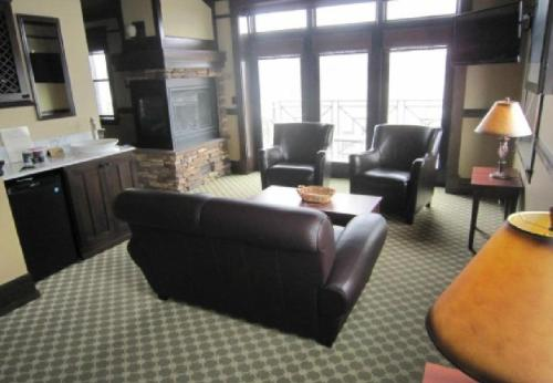 Lakeview Hotel Photo