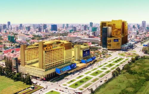 NagaWorld Hotel & Entertainment Complex, 金边