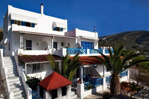 Golden Sun Apartments - Kini Greece