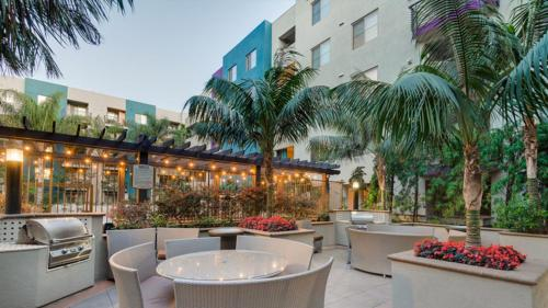 Penthouse @ Hollywood Blvd - Los Angeles, CA 90028