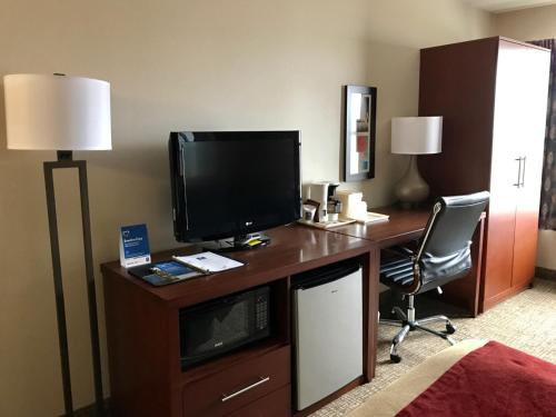 Comfort Inn Toronto North Photo