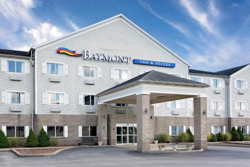Baymont Inn & Suites Lawrenceburg Photo
