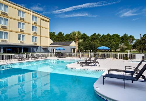 Fairfield Inn Myrtle Beach Broadway at the Beach Photo