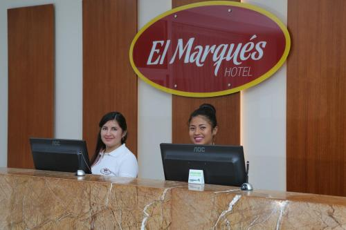 Hotel El Marqués Photo