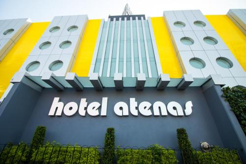 Hotel Atenas Plaza Photo