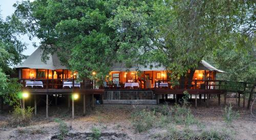 Hamiltons Tented Camp Photo
