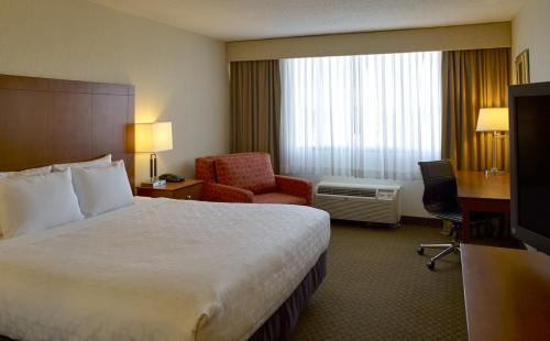 Clarion Hotel Airport Portland Photo