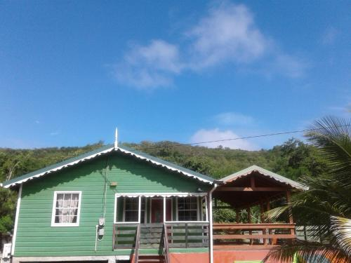 Seawind Cottage- Traditional St.Lucian Style, 格罗斯岛