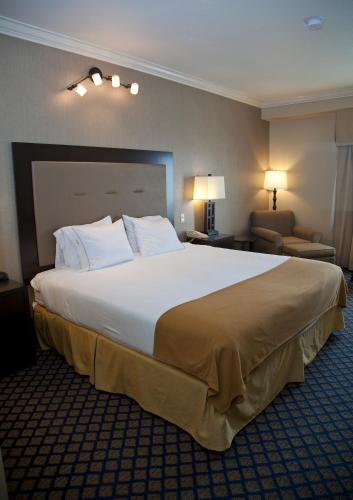 Holiday Inn Express San Pablo - Richmond Area photo 11