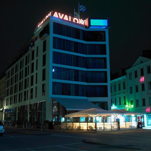 First Hotel Avalon