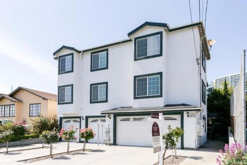 [2A] Double-Bed Master Bedroom with Private Bath near SFO