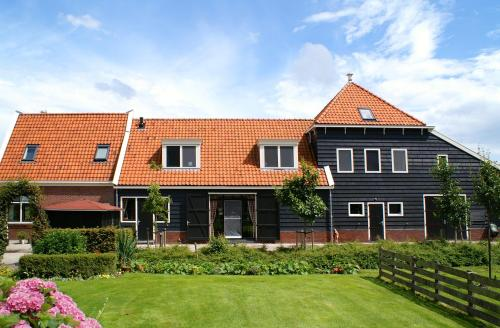 Overleekerhoeve (Bed and Breakfast)