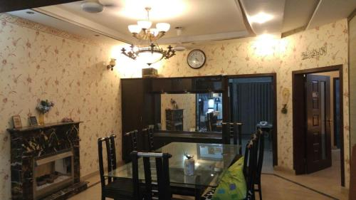 Family House in Bahria Town, Lahore