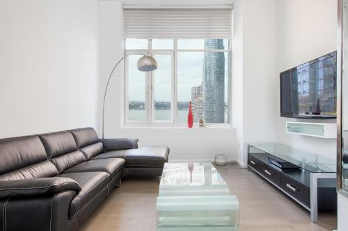 Amazing Apartment- Walking Distance to Times SQ photo 33