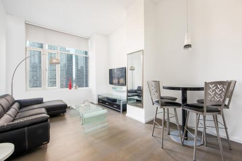 Amazing Apartment- Walking Distance to Times SQ photo 34