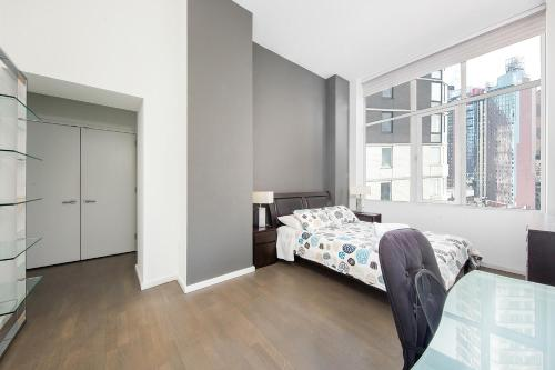 Amazing Apartment- Walking Distance to Times SQ photo 38