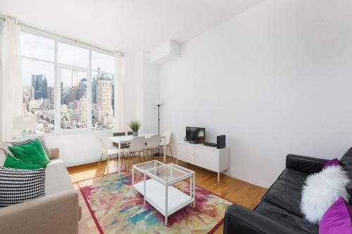 Amazing Apartment- Walking Distance to Times SQ photo 45