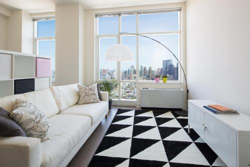 Amazing Apartment- Walking Distance to Times SQ photo 57