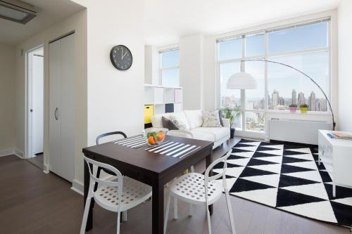 Amazing Apartment- Walking Distance to Times SQ photo 58