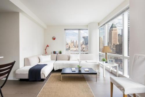 Splendid Apartment by Times SQ photo 1