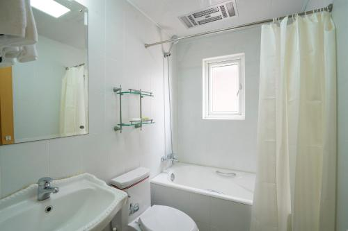 Nanjing west road boutique apartment photo 68