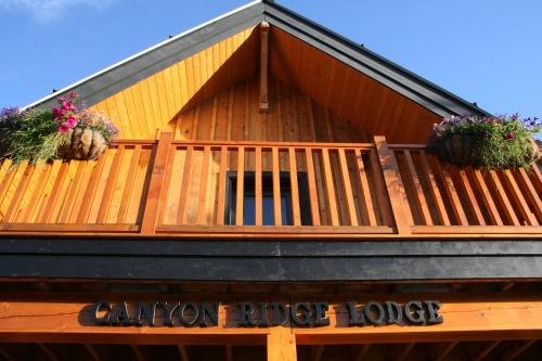 Canyon Ridge Lodge Photo