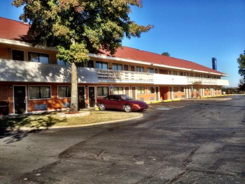 Americas Best Value Inn and Suites Little Rock Photo