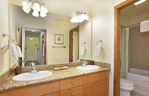 Eagle Run by 101 Great Escapes - Mammoth Lakes, CA 93546