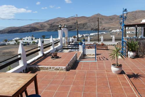 apartamentos pura vida lanzarote book your hotel with viamichelin