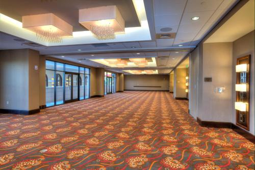 Ramada Plaza Resort & Suites International Drive Orlando photo 26