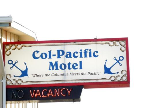 Col-Pacific Motel Photo