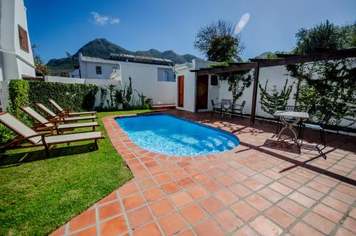 De Noordhoek Lifestyle Hotel Photo