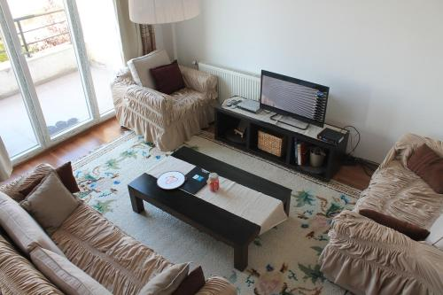 Panoramic, cozy, safe,newly built home, Приштина