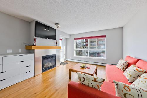 2 bedrooms with 2 baths, Calgary