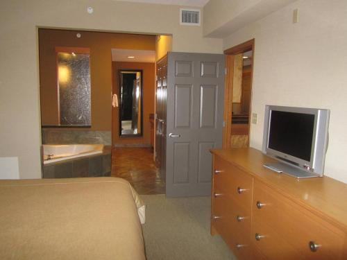Platinum Suites Resort - Vacation Rentals Photo