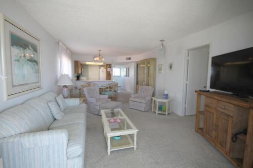 Strandview #304 Condo, Fort Myers Beach