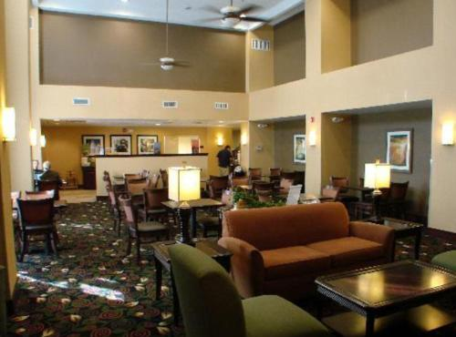 Hampton Inn & Suites Dayton-Airport Photo