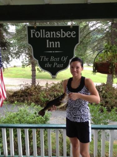 Follansbee Inn Photo