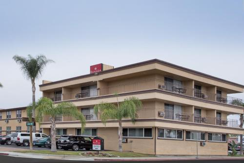 Ramada San Diego Airport Photo