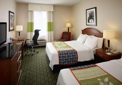 Fairfield Inn Toronto Oakville Photo