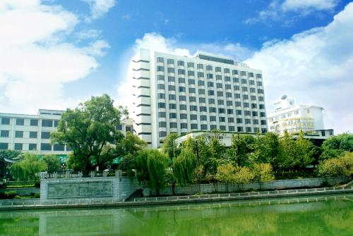 Guilin Osmanthus Hotel - guilin -