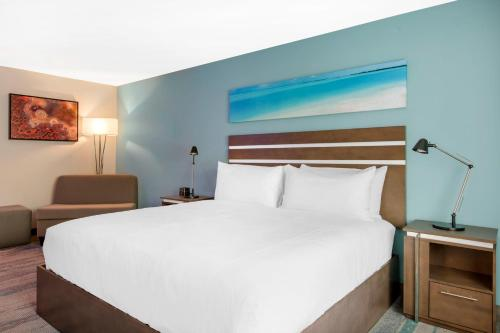 THE COVE HOTEL AN ASCEND HOTEL COLLECTION MEMBER - Long Beach, CA 90806