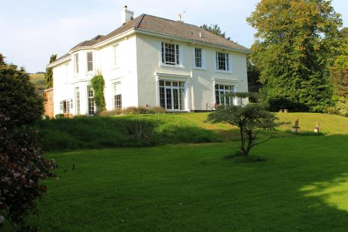 Photo of St Johns Manor Hotel Bed and Breakfast Accommodation in Bishopsteignton Devon